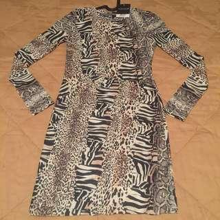 TOPSHOP Sassy Animal Print Dress size S (brand new!)