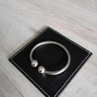 unisex stainless steel bangle