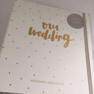 BRAND NEW WEDDING PLANNER!