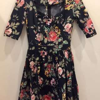 Floral Dress with Sweetheart Neckline