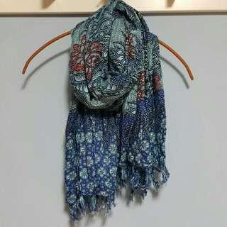 海島風情藍色絲巾/披巾/圍巾。國外帶回