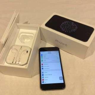 Iphone 6 factory Unlocked almost brand new plus Waterproof Bluetooth speaker