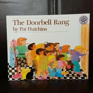 100% new The doorbell rang 英文書