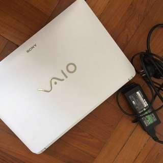 Sony VAIO Like NEW touchscreen windows 8