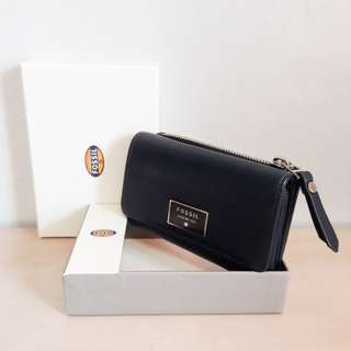 Pre loved Authentic Fossil Dawson Tri-fold Leather Wallet with FREE Pre loved Medium Midnight Blue Bag