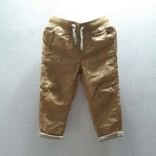 Khakis pants