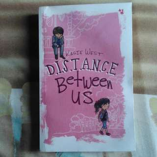 Kasie West - Distance Between Us