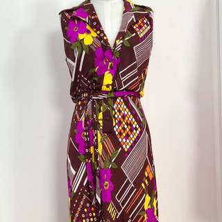 Authentic retro 70s vintage maxi dress brown purple and yellow retro floral print size 10 sleeveless