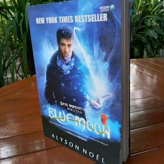 Buke Seri Immortals Blue Moon