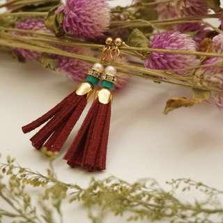 手作麂皮民族風流蘇耳環