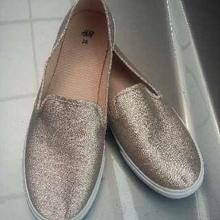 Sepatu H&M Wanita