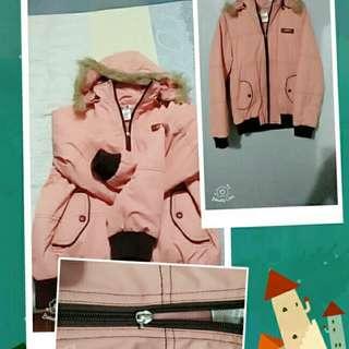 粉紅保暖外套(PS拉鍊頭 帽子可拆#)