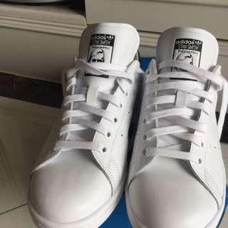 Adidas Stan Smith 男鞋 U.K. 8