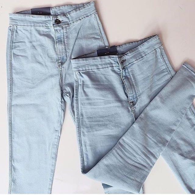 Aqua Jeans HW