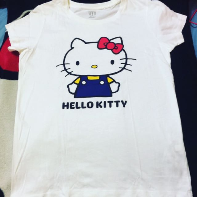 Authentic Uniqlo hello kitty shirt