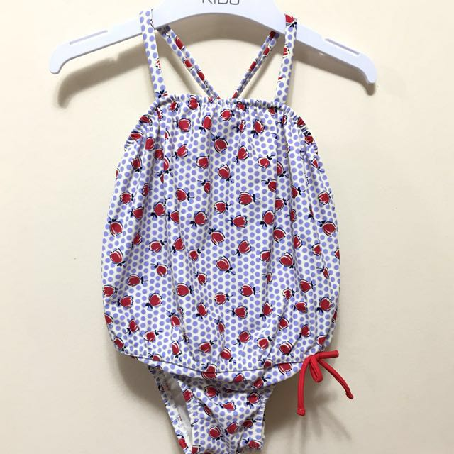 Baby Gap swimsuit 12-18m