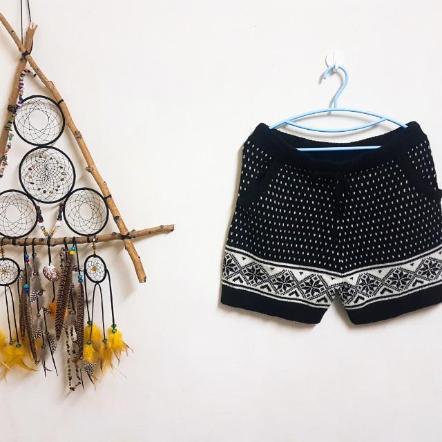 專櫃beartwo黑色針織短褲