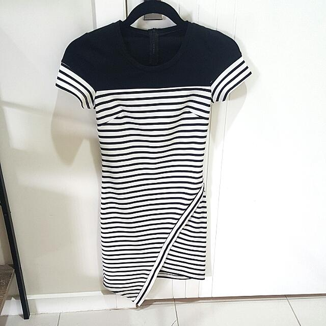 Black And White Fitted Dress Size 8