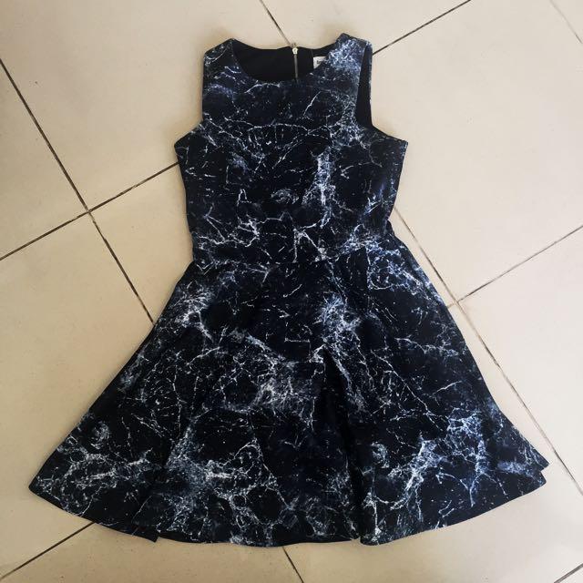 Black marble dress