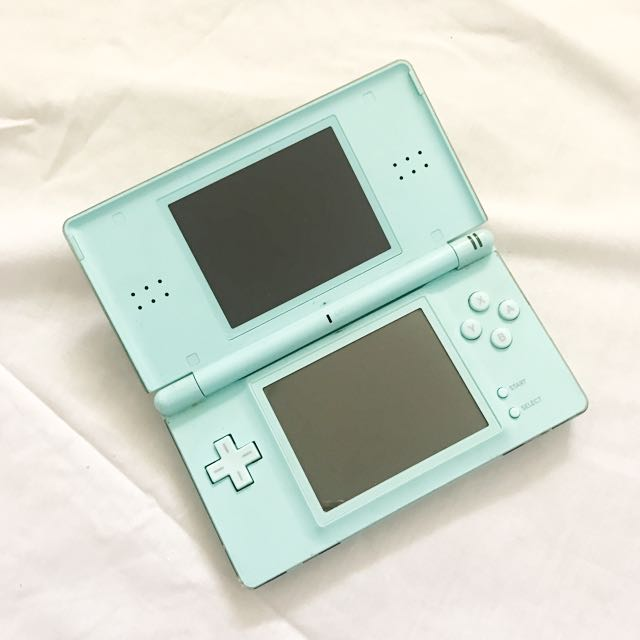 Blue Nintendo DS