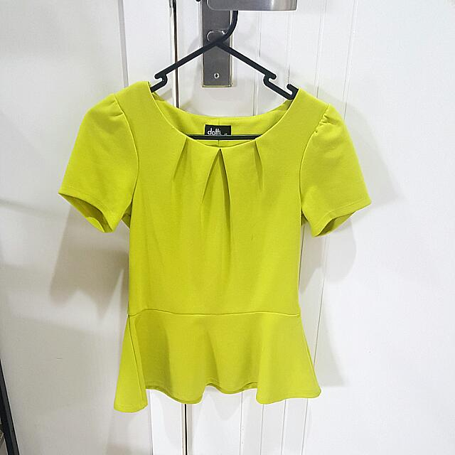 Dotti Lime Green Top Size 8