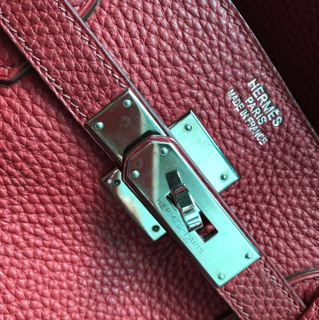a150c91fcb5 Fire Sale  authentic Hermes Birkin 40 M Stamp Red Togo