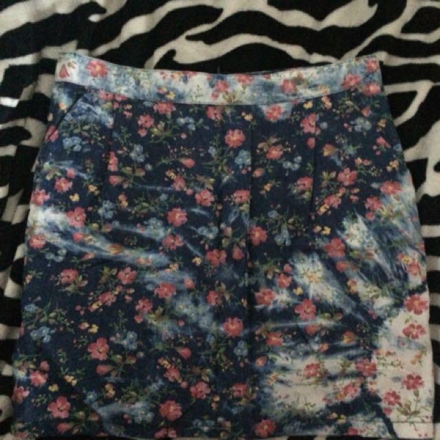 Floral denim acid wash design skirt