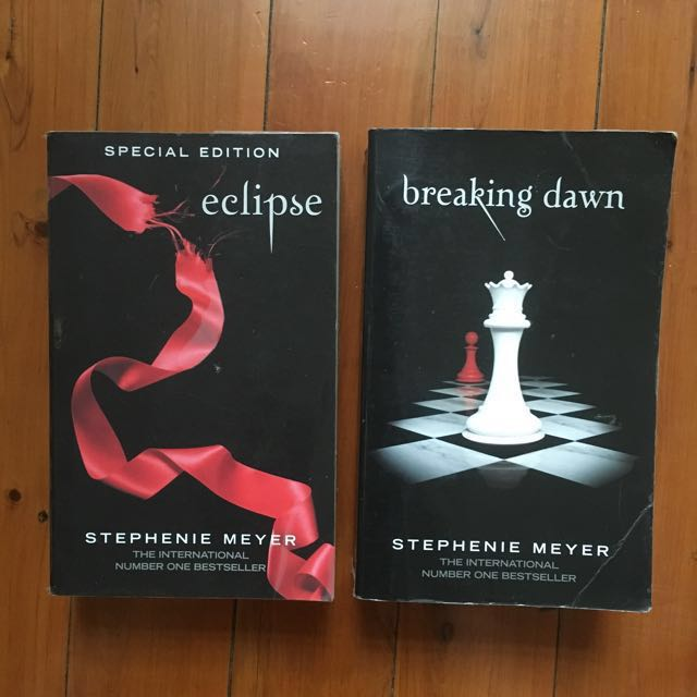 """Free with any purchase over $10 / Twilight series: """"Eclipse"""" & """"Breaking Dawn"""""""