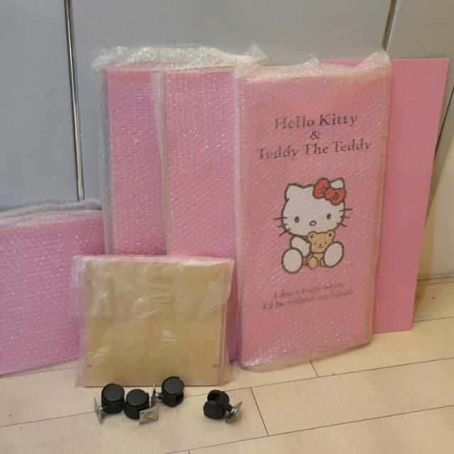 Hello Kitty三層置物櫃(附輪)