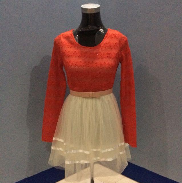 Longsleeves lace dress