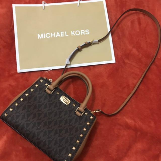 43a7d3e848cb Michael Kors: Kellen Studded Satchel Bag on Carousell