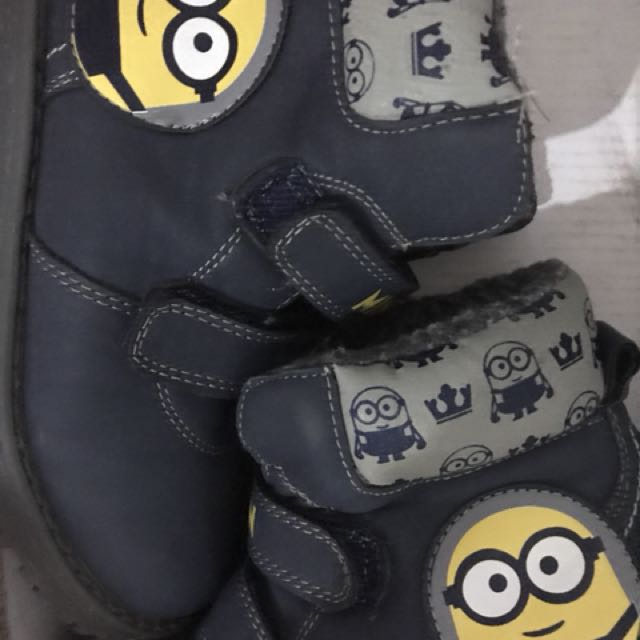 Minions rubber shoes