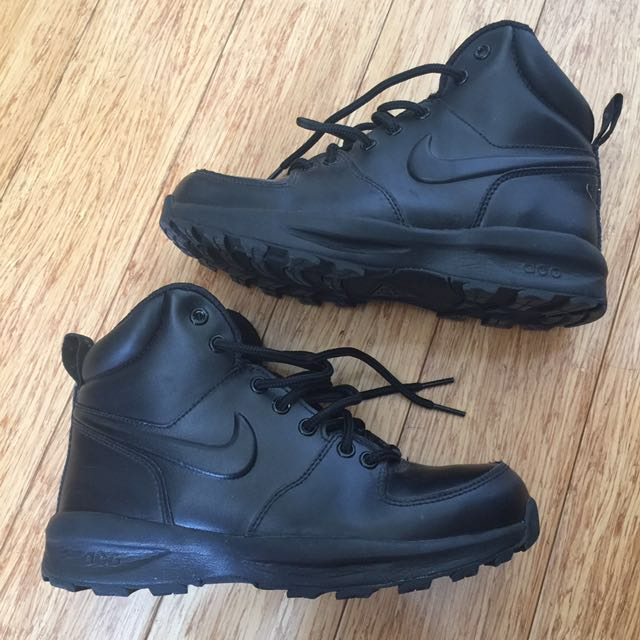 Nike ACG Hiking Boots Boy Size 4.5 Or Euro 36.5
