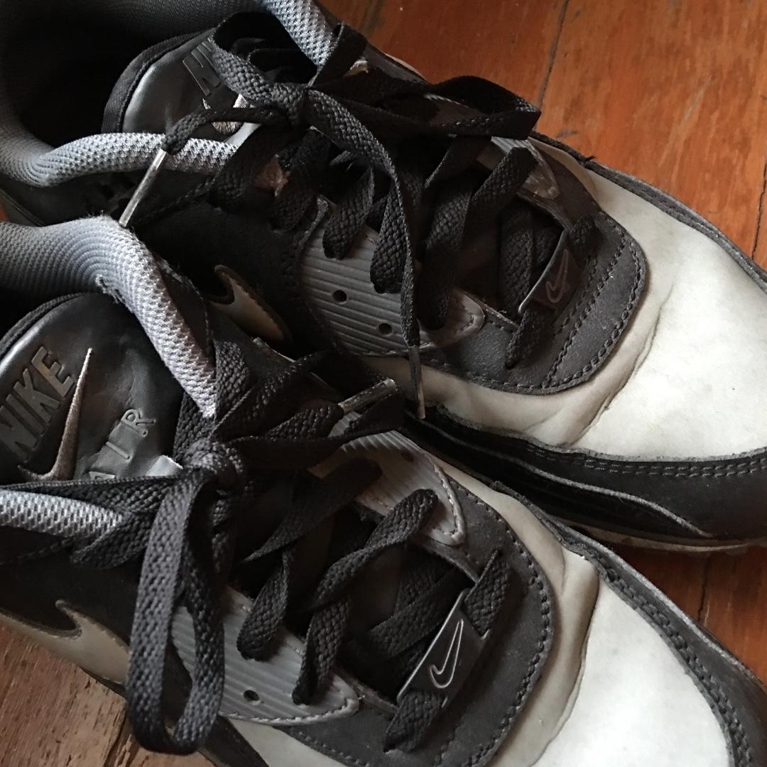nike air max wright in grigio, bianco e nero, moda maschile, calzature
