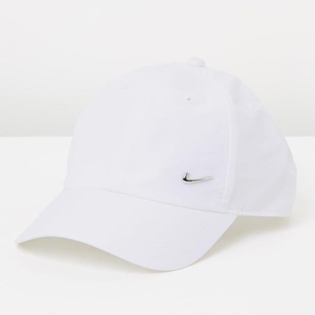 Nike Metal Swoosh Cap in White
