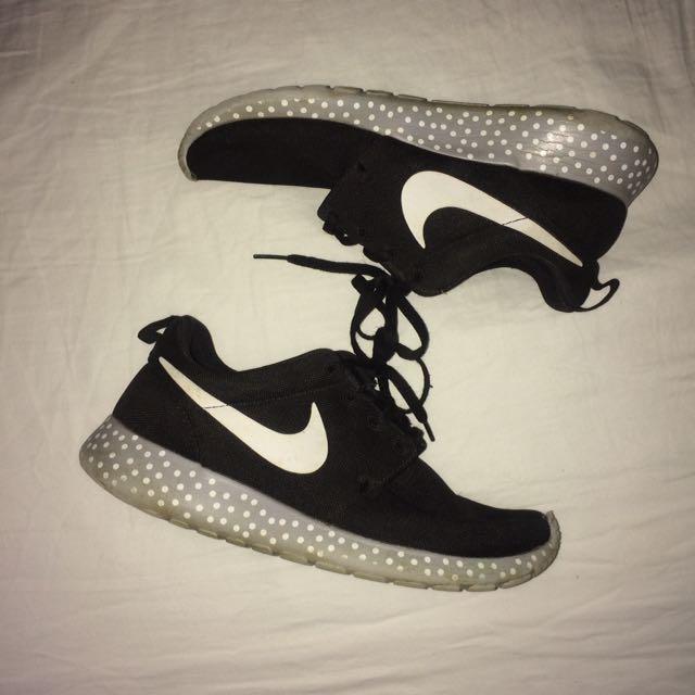 Nike Roshie