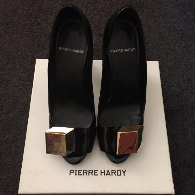 Pierre Hardy Classic Patent Heels