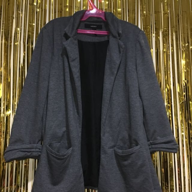PRE-LOVED FOREVER 21 DARK GRAY CORP. BLAZER