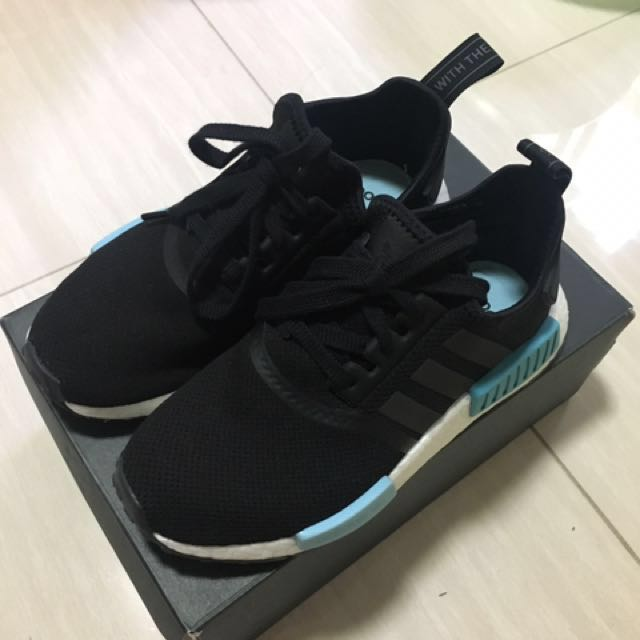 Price lowered! Nmd r1 black size US5
