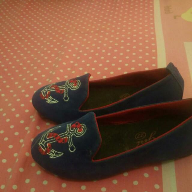 Sepatu merk coolgirl size 27