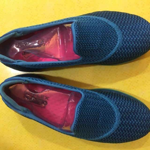 降價🔻🔻Skechers 健走鞋 輕量女鞋