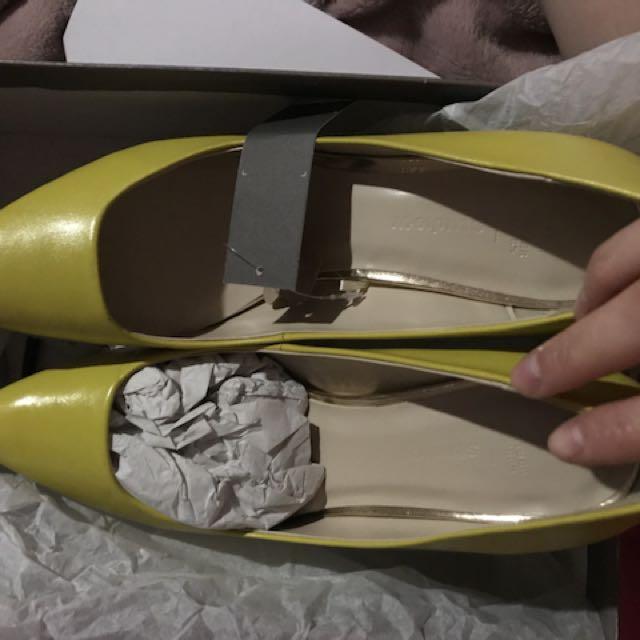 Studio heels