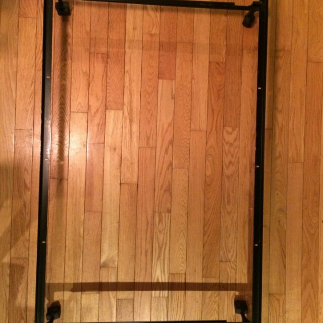 Table set+bed frame with wheel