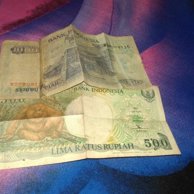 uang jadul 1000 dan 500