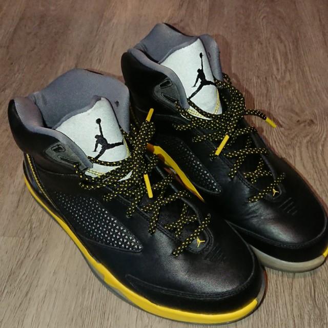 6d21c1cf593 US 8.5 Air Jordan Future Flight Remix, Men's Fashion, Footwear on ...