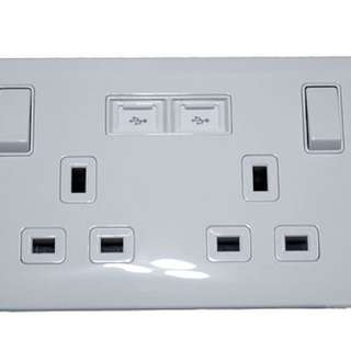 Power points socket with USB connection