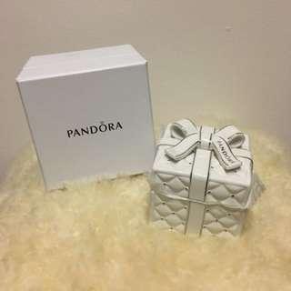 Pandora ceramic jewelry box