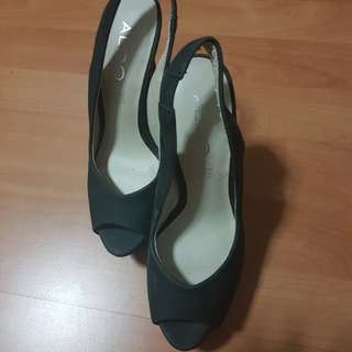 Aldo, shoes size 4