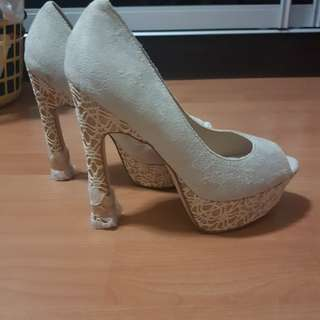 Rush, shoes size 5