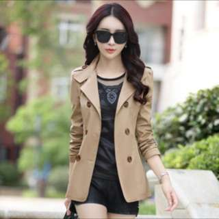 BN beigh Short Trench Coat